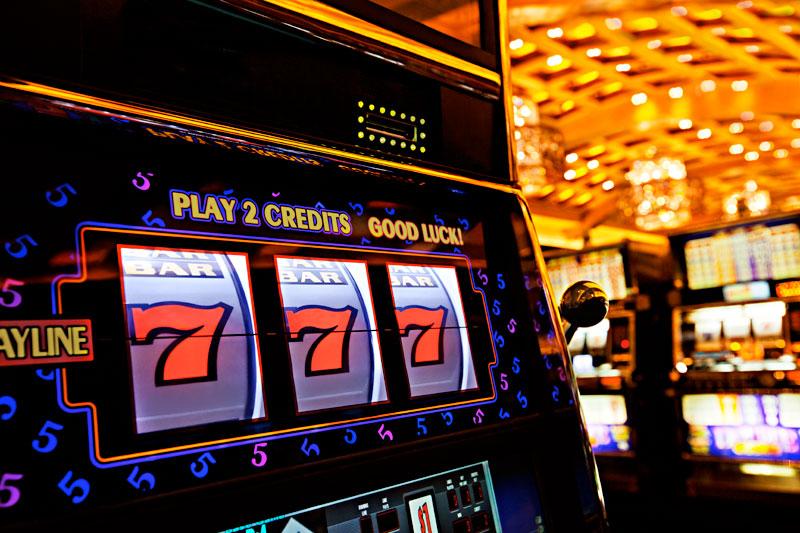 Игровые автоматы без регистрации и смс бесплатно 777 на как скачать бесплатные игры на телефон игровые автоматы