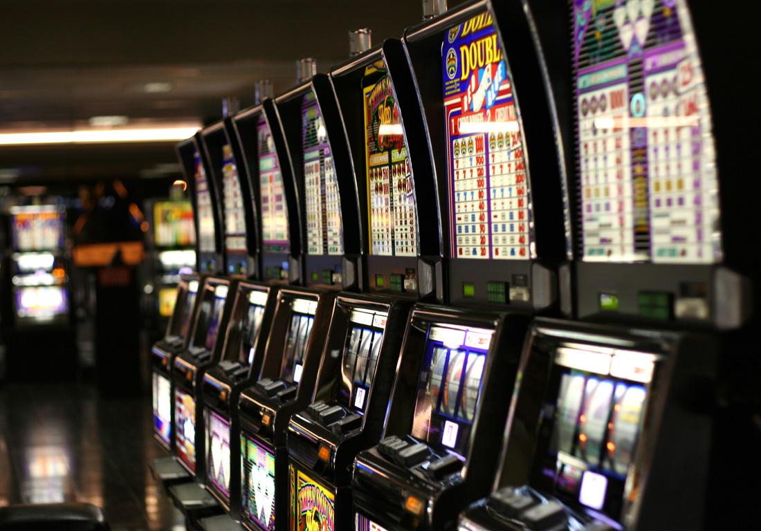Baccarat table gamerival описание игрового автомата
