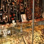 продажа бижутерии и аксессуаров