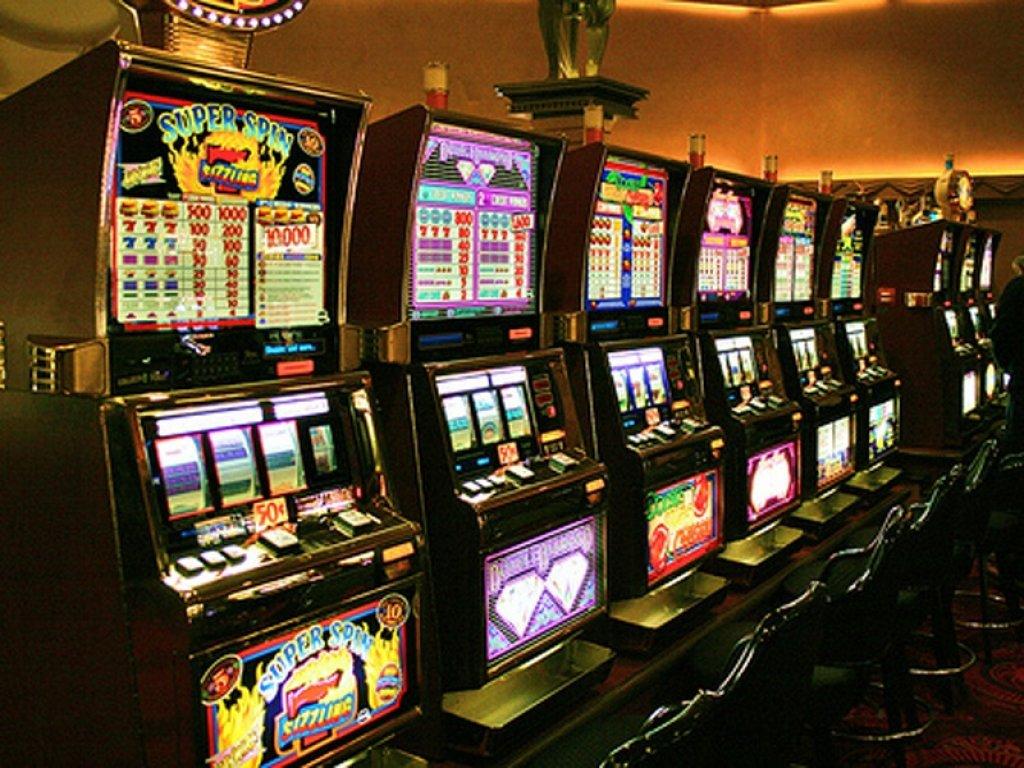 империя азарта игровые автоматы