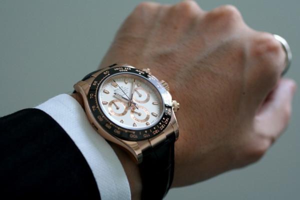 Часы их швейцарские стоимость и шевроле часа по стоимость нормо